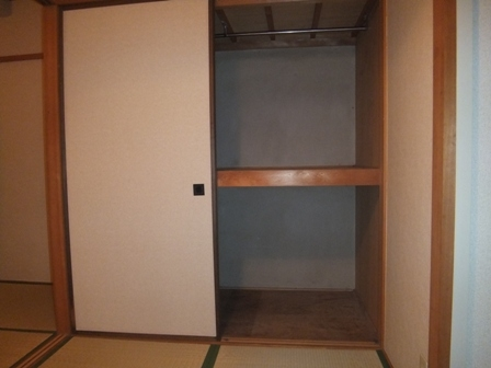 san-211-closet
