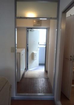 chikko-703-entrance