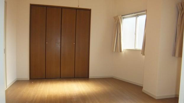 sho305 bedroom